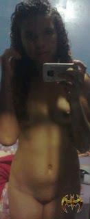 Morena deliciosa perdeu o celular e suas fotos intimas no aparelho