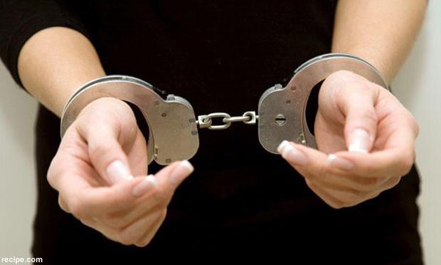Malam Ini Tiga Mahasiswa Indonesia Kedinginan Di Kantor Polisi
