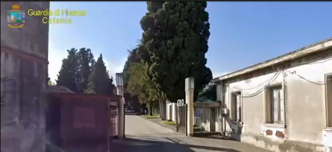 Il cimitero di Giarre come centrale di spaccio: sequestrati 71 chilogrammi di droga