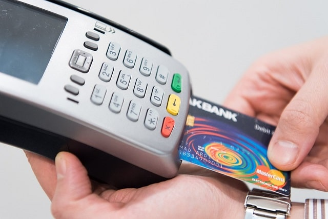 payment processor vs merchant account business payments