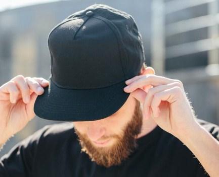 Arti Mimpi Kehilangan Topi Menurut Ahli