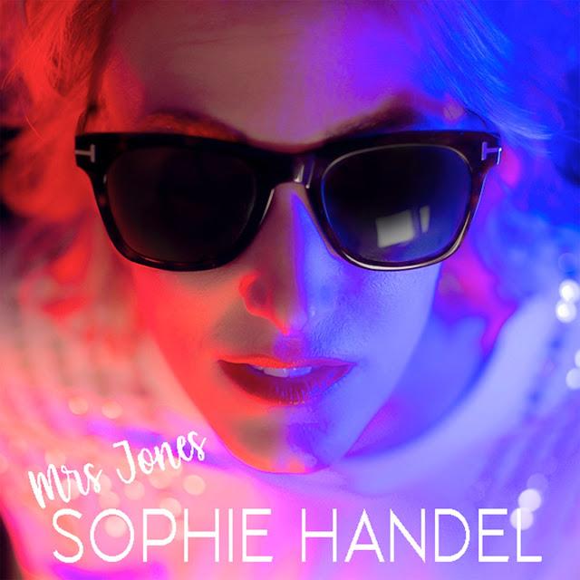 """Sophie Handel dévoile son premier titre """"Mrs Jones"""""""