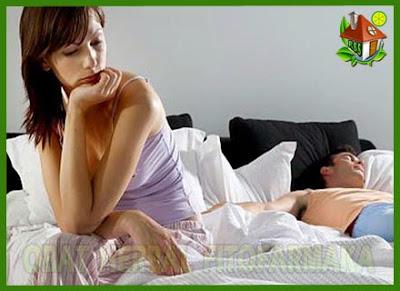 bercinta di ranjang, pasangan kecewa, memuaskan istri, atasi ejakulasi dini