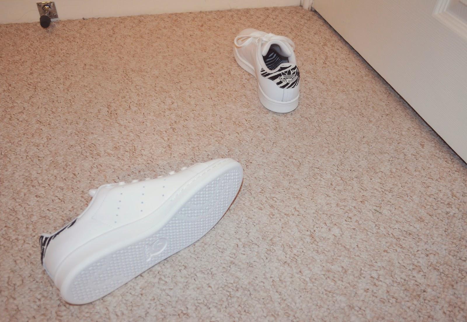 georgie on the wall  adidas Stan Smith (Zebra White) 998e94853