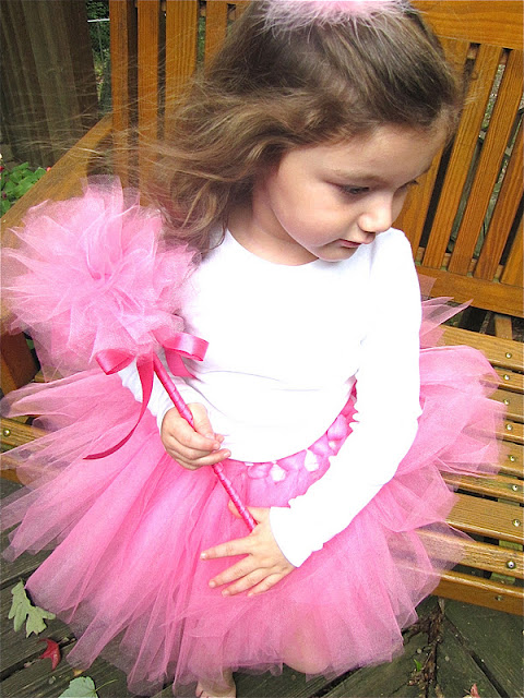 DIY tulle princess wand
