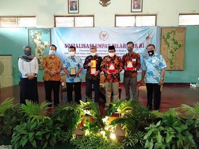 Foto Bersama IGI DIY dan Narasumber
