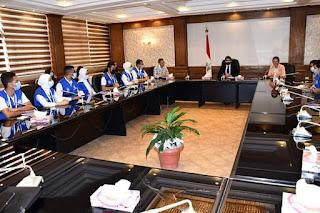 """وزير الرياضة يناقش مقترحات مشروعات مبادرة """"شباب يدير شباب"""