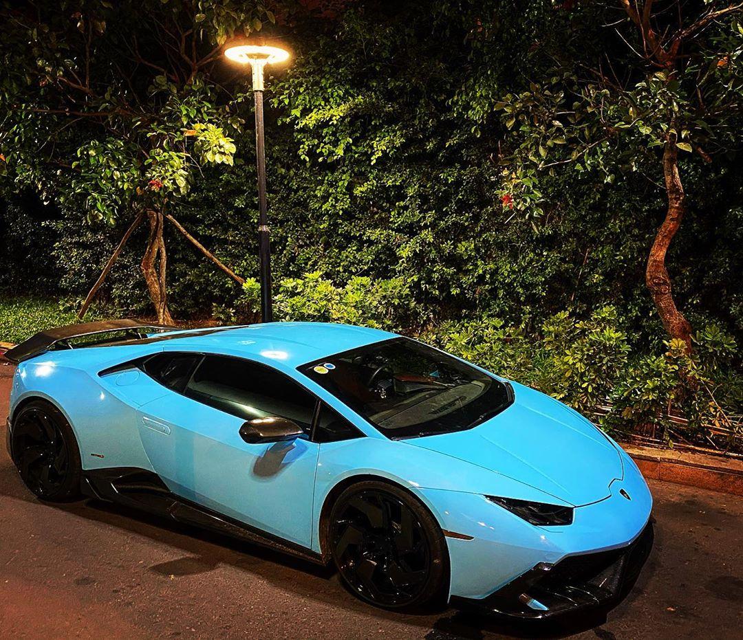 Lamborghini Huracan đổi màu nhiều nhất Việt Nam, cư dân mạng ví màu như khẩu trang y tế - Ảnh 1.