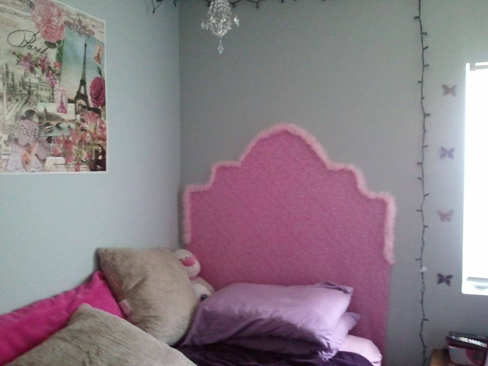 Dorm Room DIY and Crafts: Headboard in ACTION!