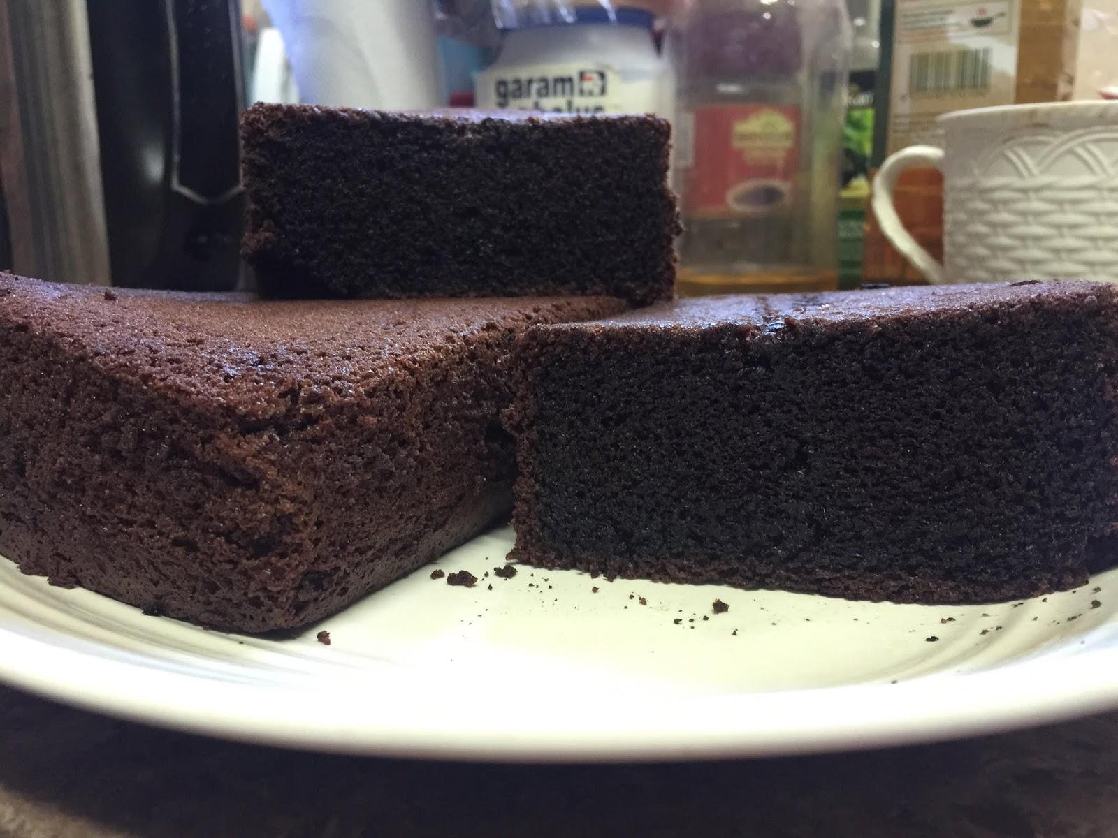 Resepi Paling Mudah Menyediakan Kek Coklat Moist Yang Sedap