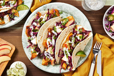 https://www.hellofresh.com/recipes/fiesta-chicken-tacos-5bb4daf9ae08b5056604c102?locale=en-US