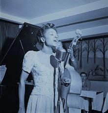 Picture of Maxine Sullivan