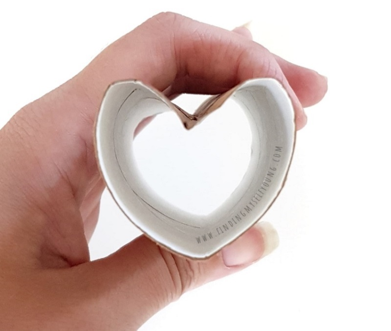 heart stamp made from toilet paper roll
