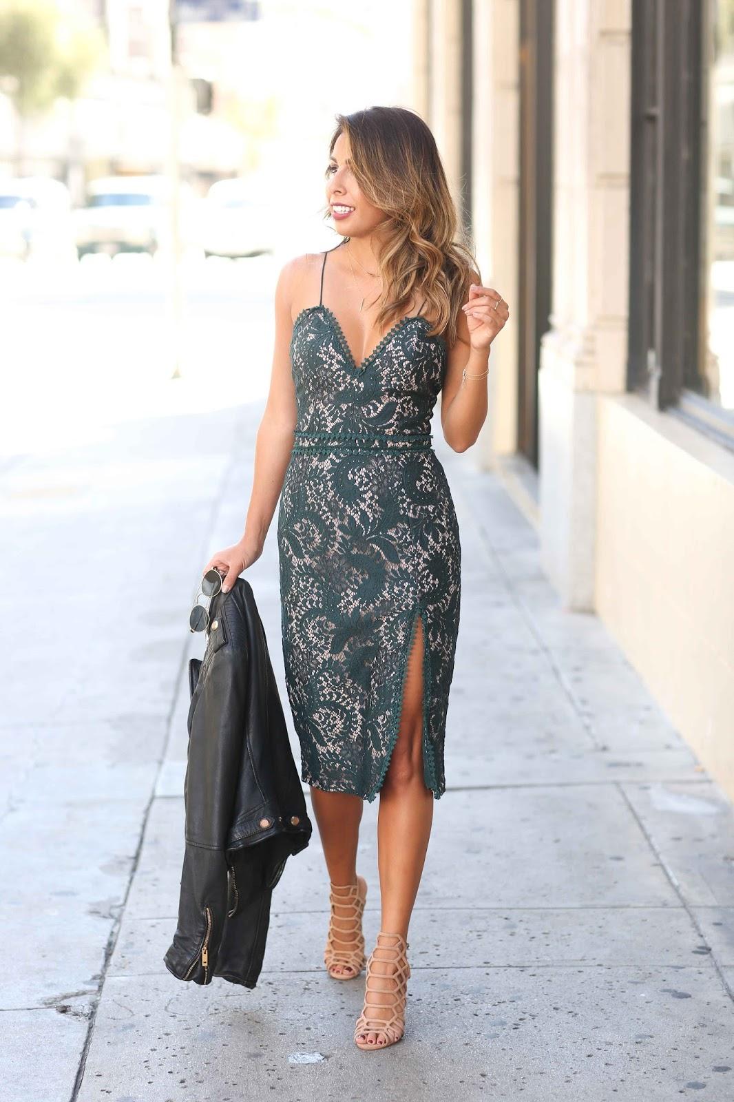 what to wear for holiday party, how to wear lace dress, stylestalker lace dress, dress rental, stylistla