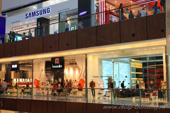 The Dubai Mall shops