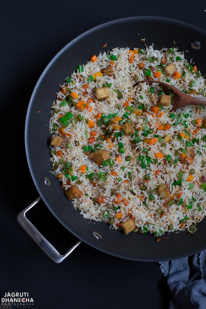 This Vegan Burnt Garlic and Tofu Fried Rice is a perfect accompaniment to complete your Indo-Chinese meal. The distinctive taste of burnt garlic really comes through without overpowering the delicate flavour of the vegetables and fragrant basmati rice