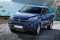 SsangYong Musso (2018) Front Side