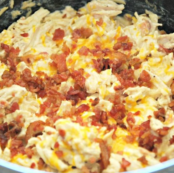 KETO CRACK CHICKEN IN THE CROCK POT #Diet #LowCarb