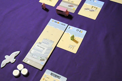 VIP meeple on beach feature card during gameplay of Santa Monica boardgame