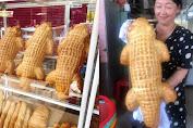 Xuất hiện bánh mì cá sấu đang được dân mạng share ầm ầm: Đúng là Việt Nam cái gì cũng nghĩ ra được!