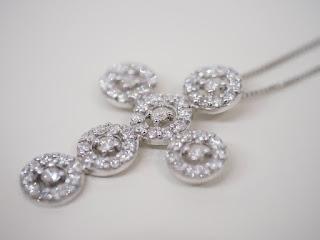 K18WG ダイヤモンドペンダント付きネックレスをお買い取り致しました
