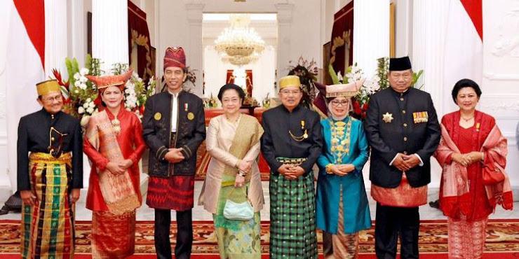 Jokowi Ajak Foto SBY, Megawati dan Habibie