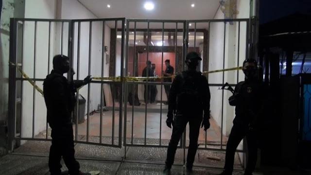 Kantor FPI Mangkrak Sejak Akhir 2020, Pengacara Munarman: Lucu Juga Digeledah