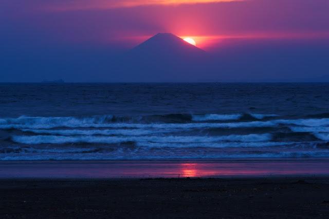 夕日のダイヤモンド富士山~岩井海岸(南房総市)