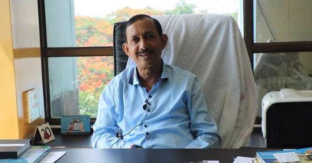 Gautam deb State Tourism minister