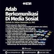 Adab Menggunakan Media Sosial