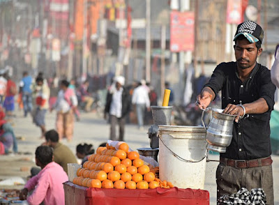 Threats of drinking street vended fruit juices