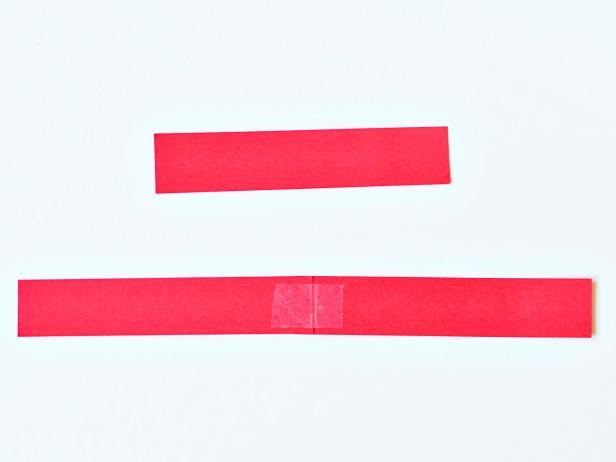 Sambungkan kertas dengan isolasi