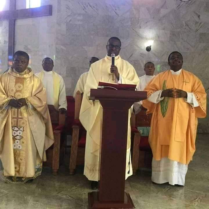Rev. Fr. Izuchukwu Ifem Cerebrates 14 Years Priestly Anniversary – Photos