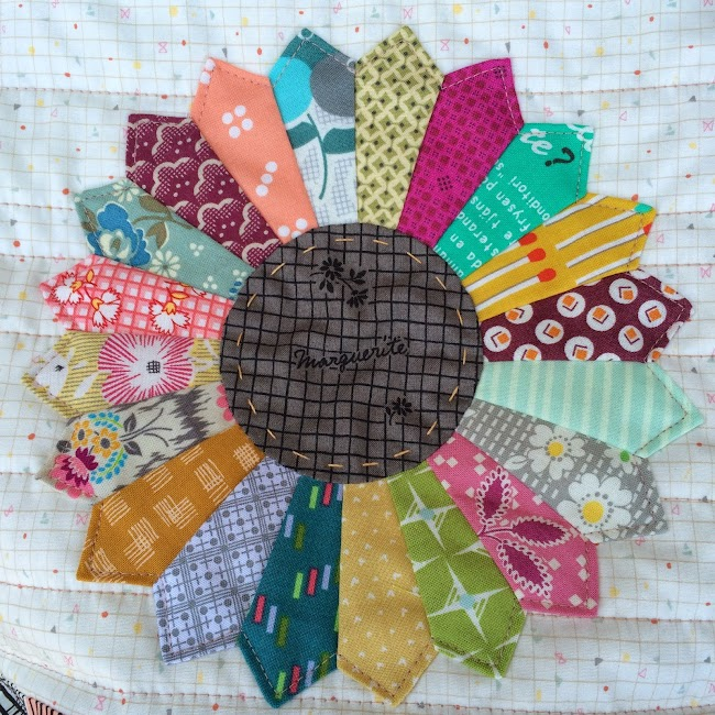 dresden plate pouch hand quilting applique