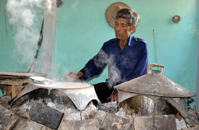 Thăm làng nghề bánh tráng Túy Loan với kinh nghiệm du lịch bụi Đà Nẵng