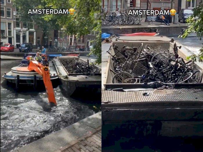 Viral! Petugas Ini Bersihkan Sungai di Belanda, Hasilnya Dapat Ribuan Sepeda