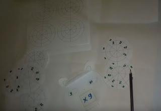 طريقة صنع الوسيلة التعليمية لتعلم جدول الضرب و أجزاء الوسيلة هدية