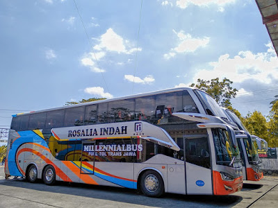 Foto Bus Rosalia Indah Double Decker SDD140