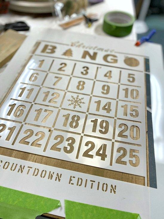 How to make a DIY Advent Calendar with a stencil.