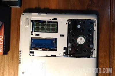Membuka Casing Laptop Untuk Upgrade SSD