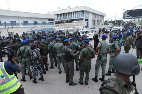 Edo Election: Gun-wielding policemen and soldiers take over INEC office