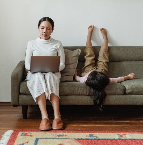Çıldırmadan Ev Ofisi Ve Evdeki Çocukları Nasıl İdare Ederim?