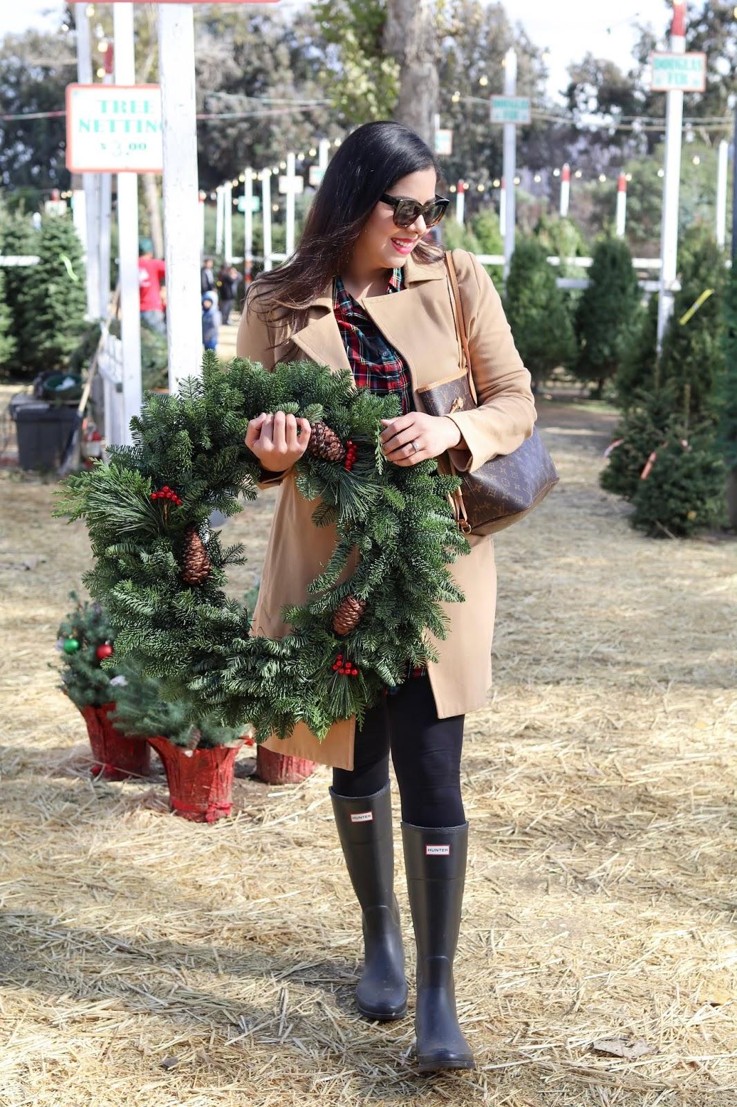 Christmas Tree Picking Outfit, San Diego fashion blogger, San Diego Holidays blogger