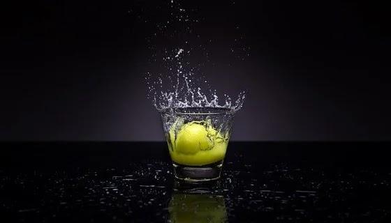 اشرب ماء و ليمون 7 طرق مثبتة علميًا للتخلص من دهون البطن