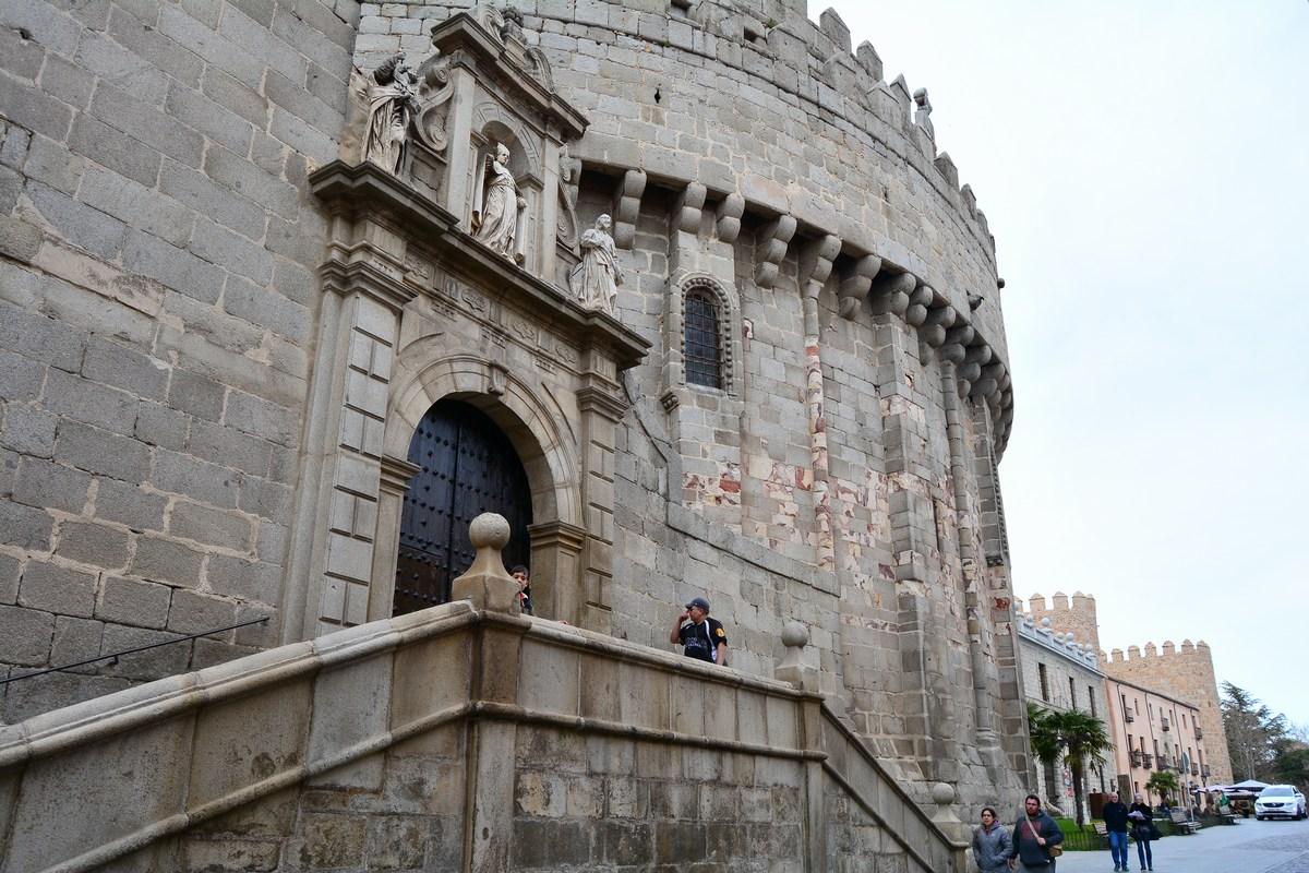 Abside de la cathédrale d'Avila.