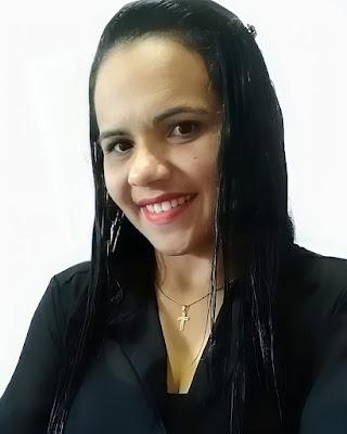 """Flaviana Costa, a Moça da Superação recebe medalha da Academia Internacional de Artes, Letras e Ciências """"A palavra do século 21"""""""