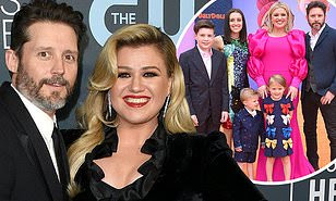 is kelly clarkson gettin a divorce
