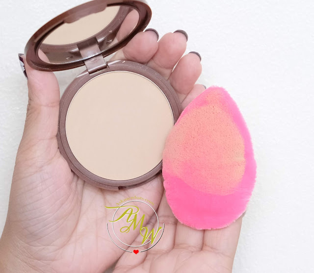 a photo of Beauty Blender Powder Pocket Puff Review
