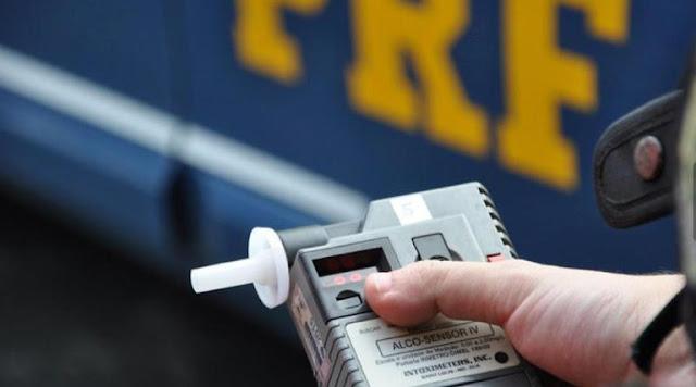PRF prende condutor envolvido em acidente de trânsito por embriaguez ao volante no RN
