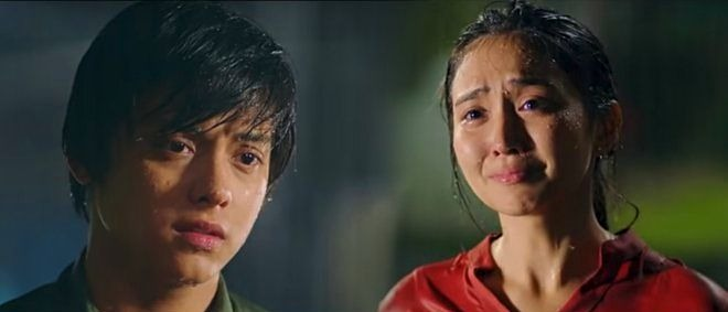 Kathryn Bernardo as George and Daniel Padilla as Primo in 'The Hows of Us'/Star Cinema